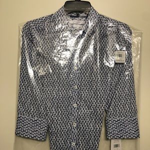 Women's Foxcroft NYC wrinkle free Button down